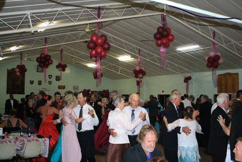 Boonah-Show-Ball-2011-6